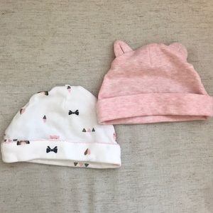 Set of 2 baby hats by Carters